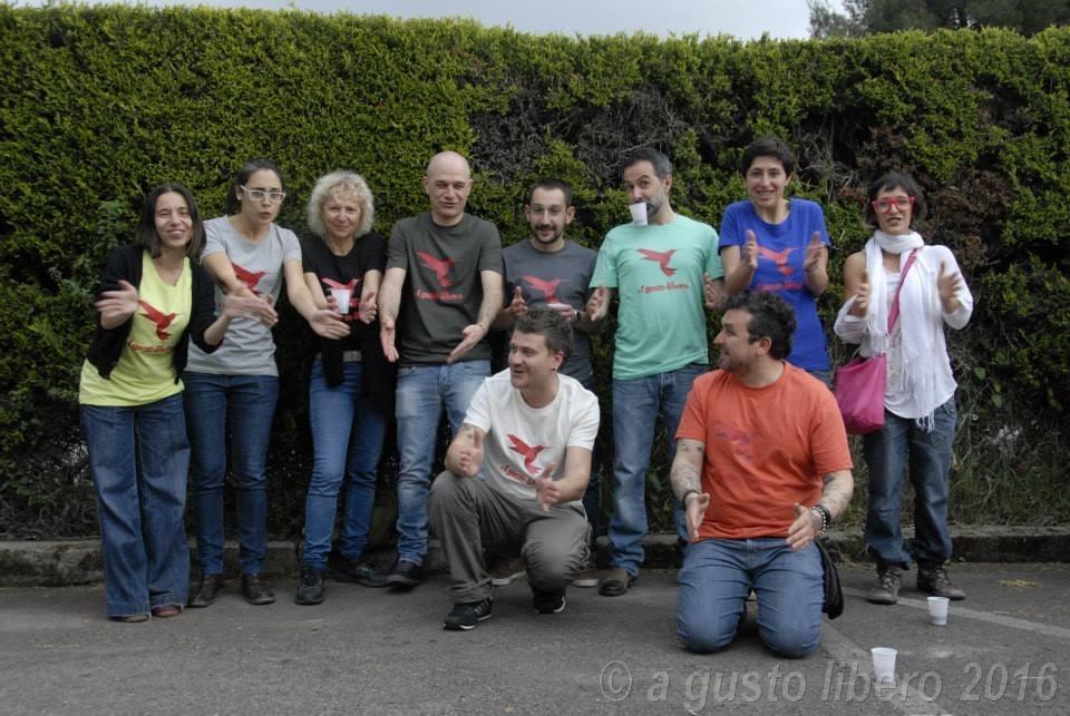 Il consiglio di A gusto libero: foto di gruppo con amica
